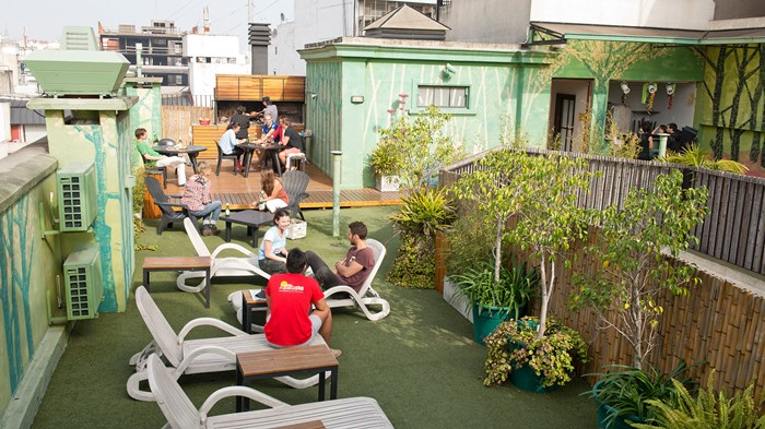 Milhouse hostel arrival package buenos aires kilroy for Casa jardin hostel buenos aires