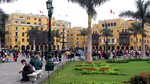 Stroll through the lovely Plaza Mayor in Lima.