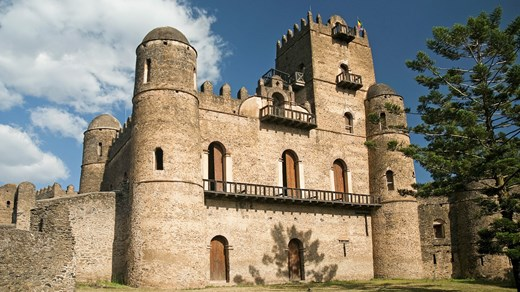 Visit the Fasiladas castle in Gondar in Ethiopia