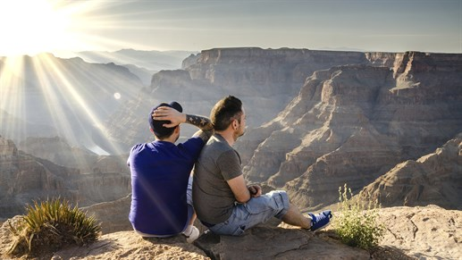 2-guys-grand-canyon-view